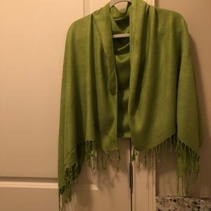 Lime green scarf!
